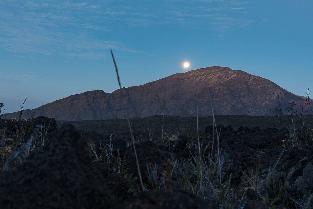 haleakala-full-moon.jpg#asset:2796