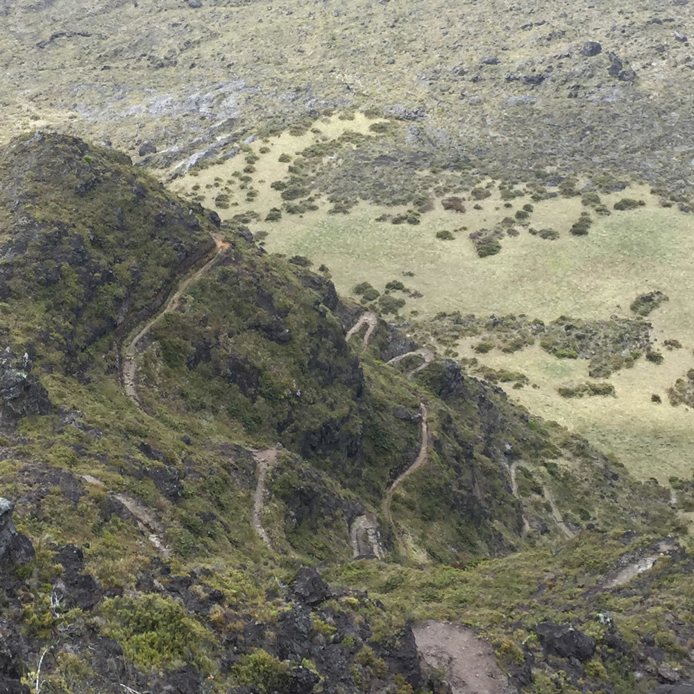 haleakala-switchbacks.jpg#asset:2799