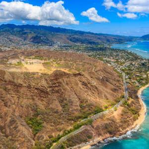 Shuttle to Diamond Head Crater